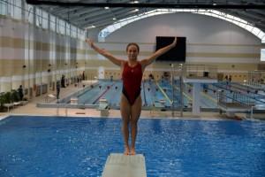 Обучение прыжкам в воду в БГУФК в Минске